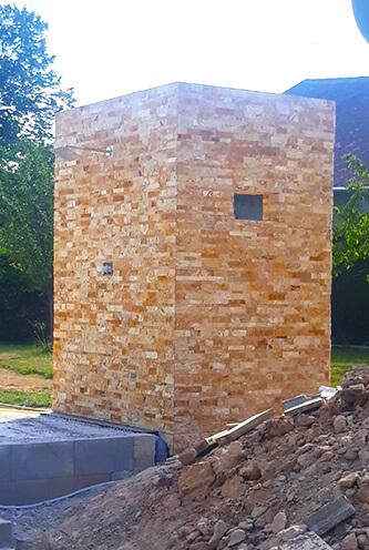 Tipstav kamenné dlažby