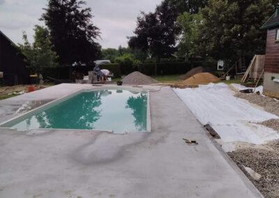Halouny-bazén